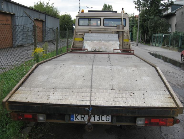 Flat bed